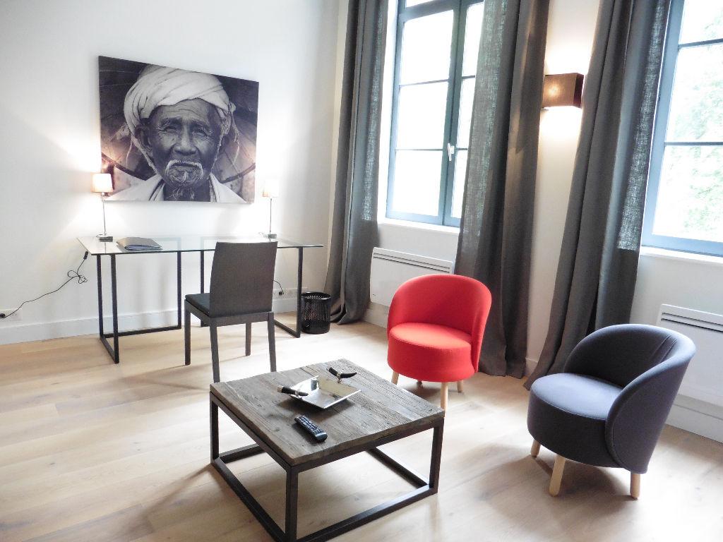 Location appartement - Appartement meublé de standing  hypercentre