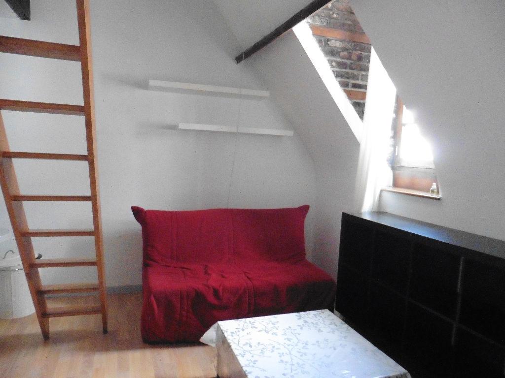 Location appartement - STUDIO MEUBLE AVEC MEZZANINE RUE ROYALE