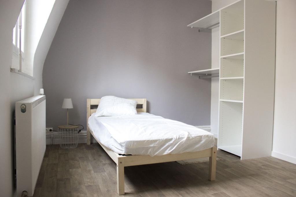 Maison Meublée avec 5 chambres à louer - Rue de Condé
