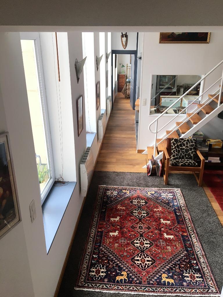 Vieux Lille, Beau duplex 2 chambres, parking