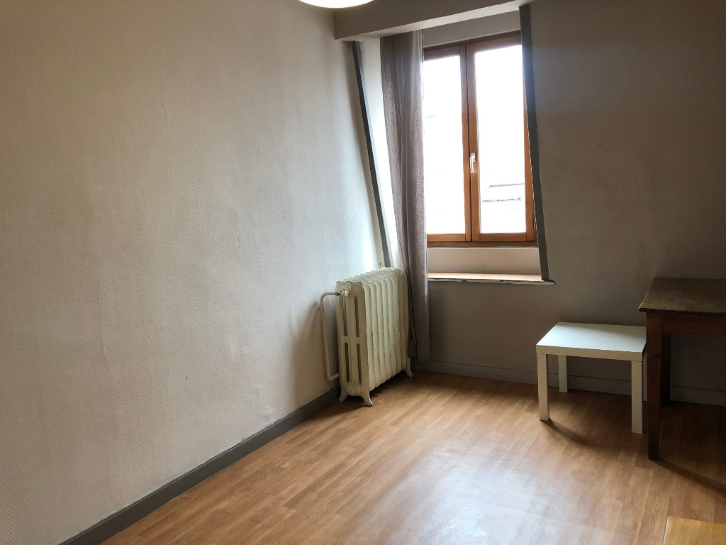 T1 meublé  de 22,24m² - St Michel