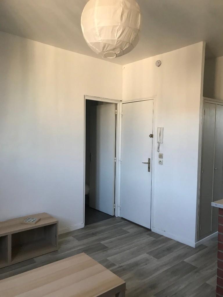 Lille Saint Michel - T2 meublé de 24,10m²