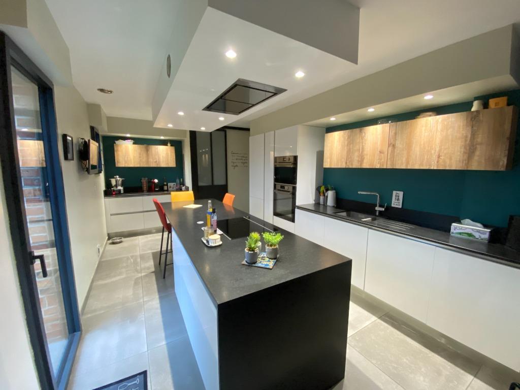 Vente maison - Belle individuelle, 4 chambres, garage, à 10 mns de Lille