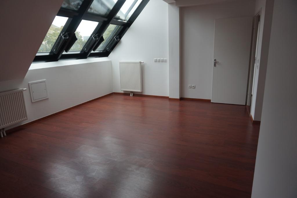 Vente appartement - T3 sur les toits du Vieux-Lille terrasse et Pkg en sus