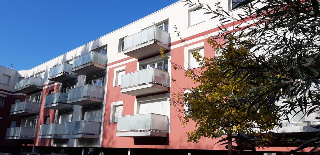 LOOS prox CHR- Appt t3 récent avec terrasse + 2 parkings