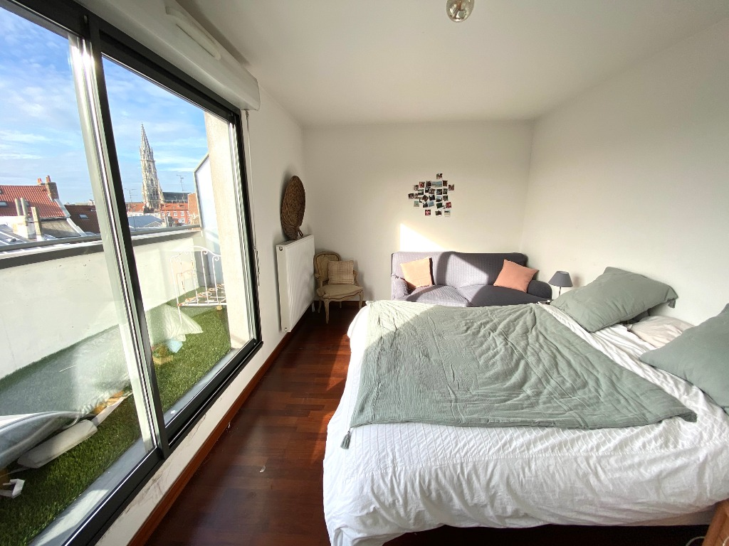 Vente appartement 59000 Lille - Lille centre T4 terrasse et double parking