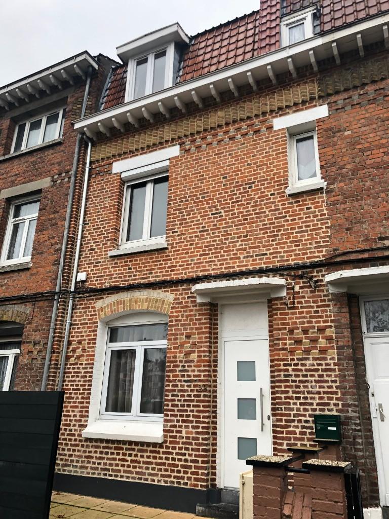 Vente maison 59000 Lille - Exclusivité JLW IMMOBILIER ! Maison en bon état technique !