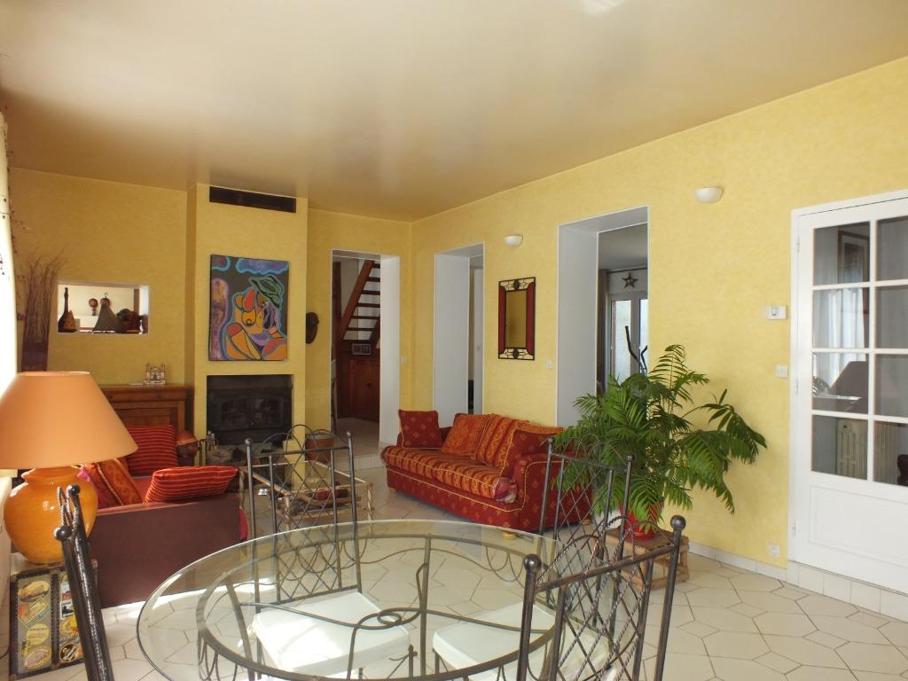 Vente maison - Maison de famille 5 chambres 197 m²