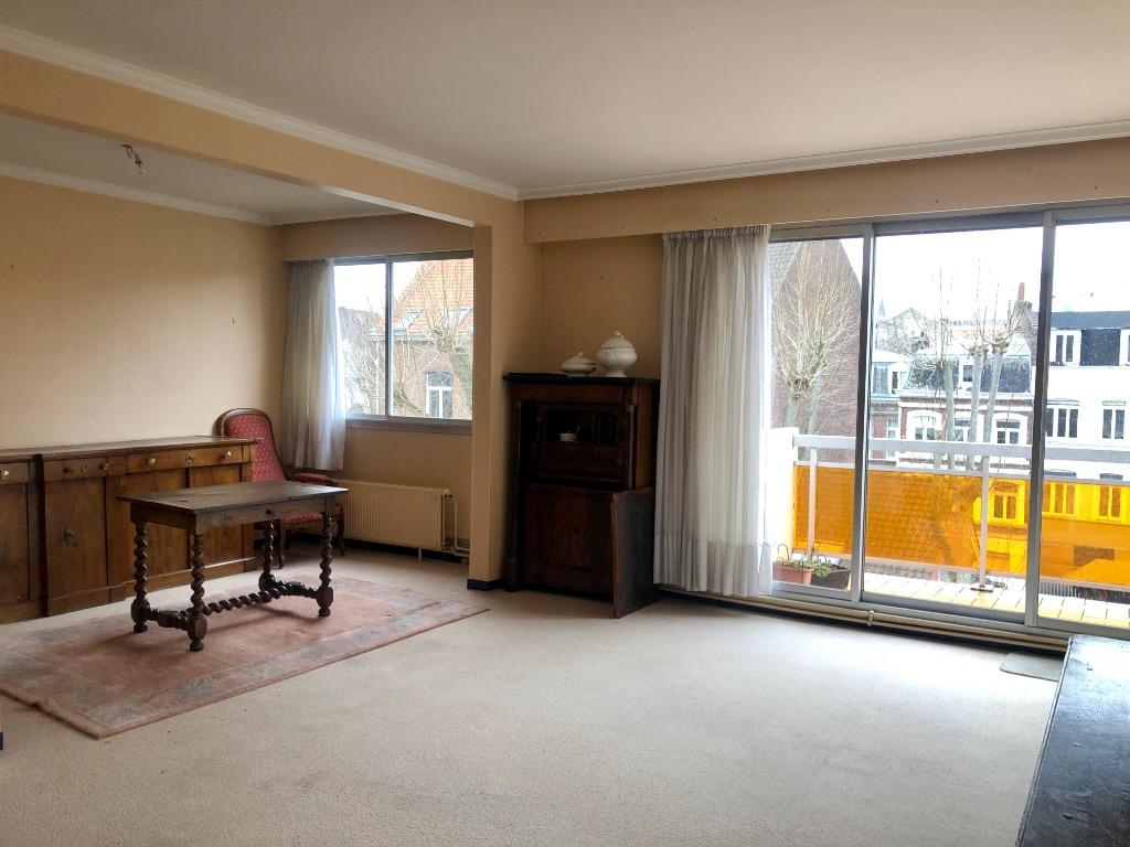 Vente appartement 59000 Lille - VAUBAN/CORMONTAIGNE T5 avec balcon, parking et cave