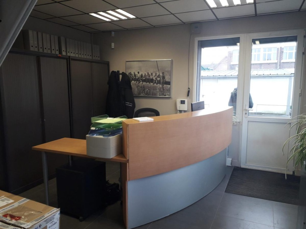 Euratechnologie/ Bâtiment à usage de bureaux et stockage