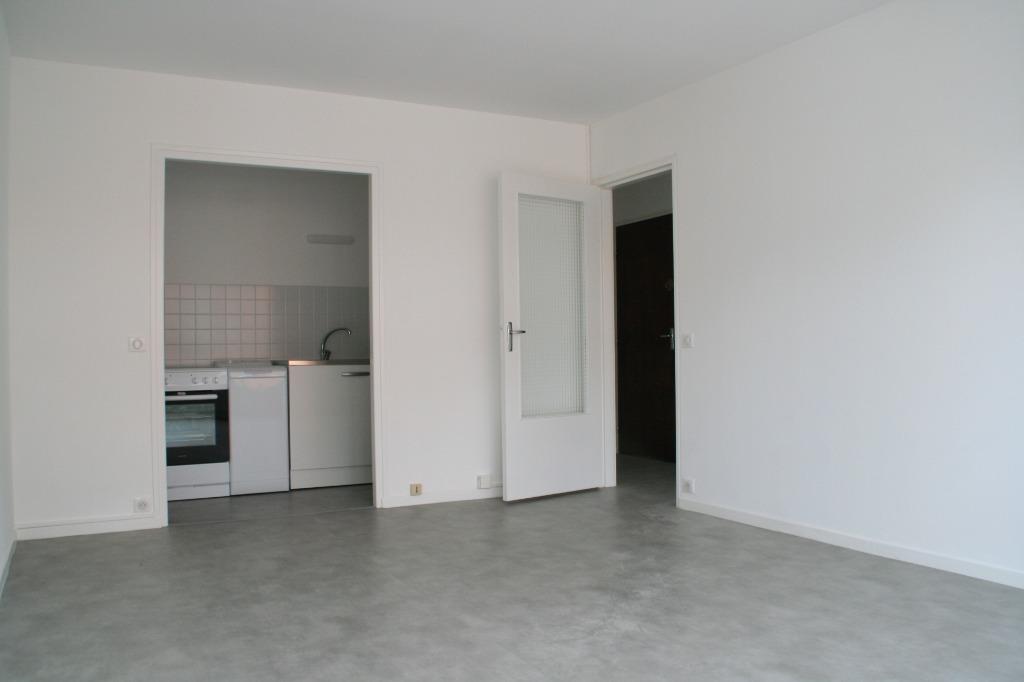 Location appartement 59000 Lille - Proche Parc J.-B. Lebas, joli 2 pièces entièrement rénové