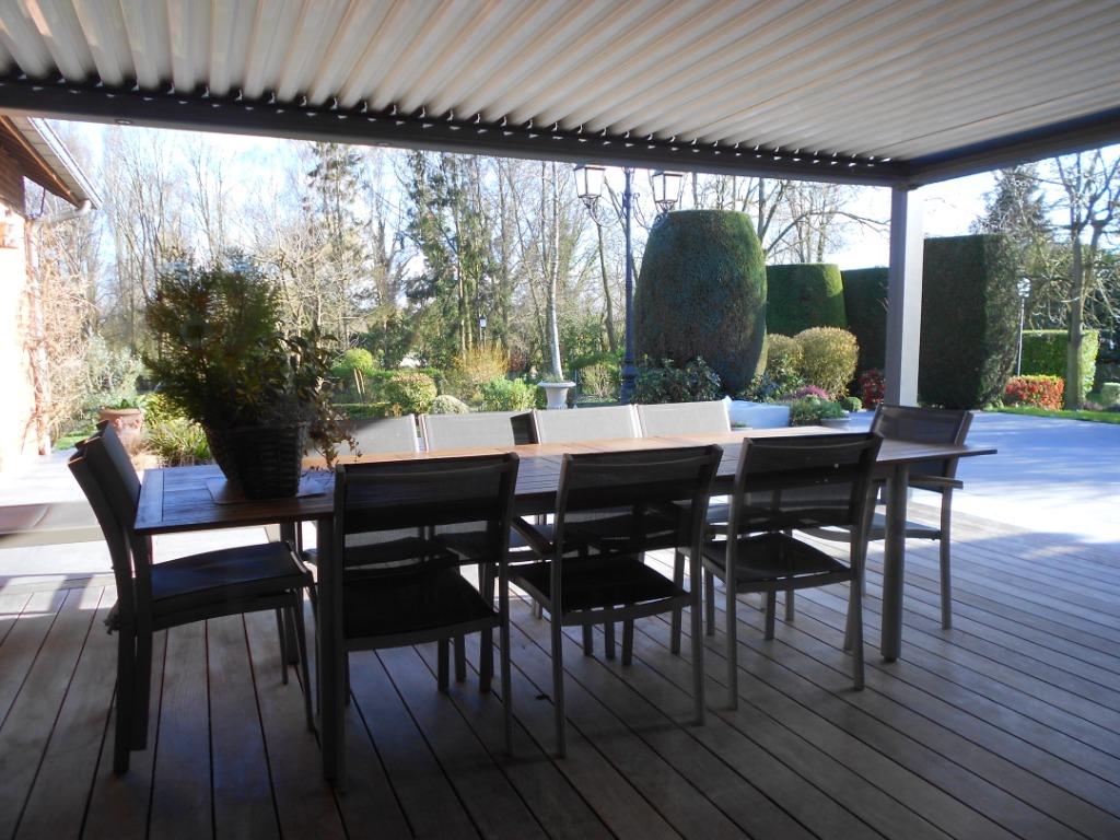Magnifique propriété semi plain pied  sur 10 000 m2