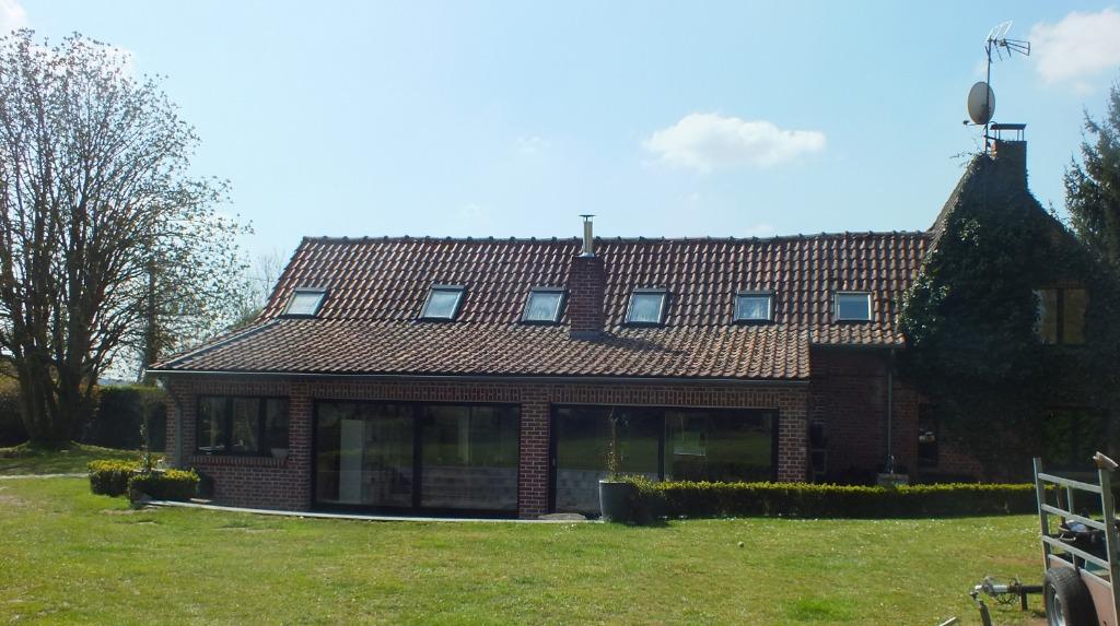 Fermette individuelle 6 chambres 260 m² bâtie sur 1600 m²