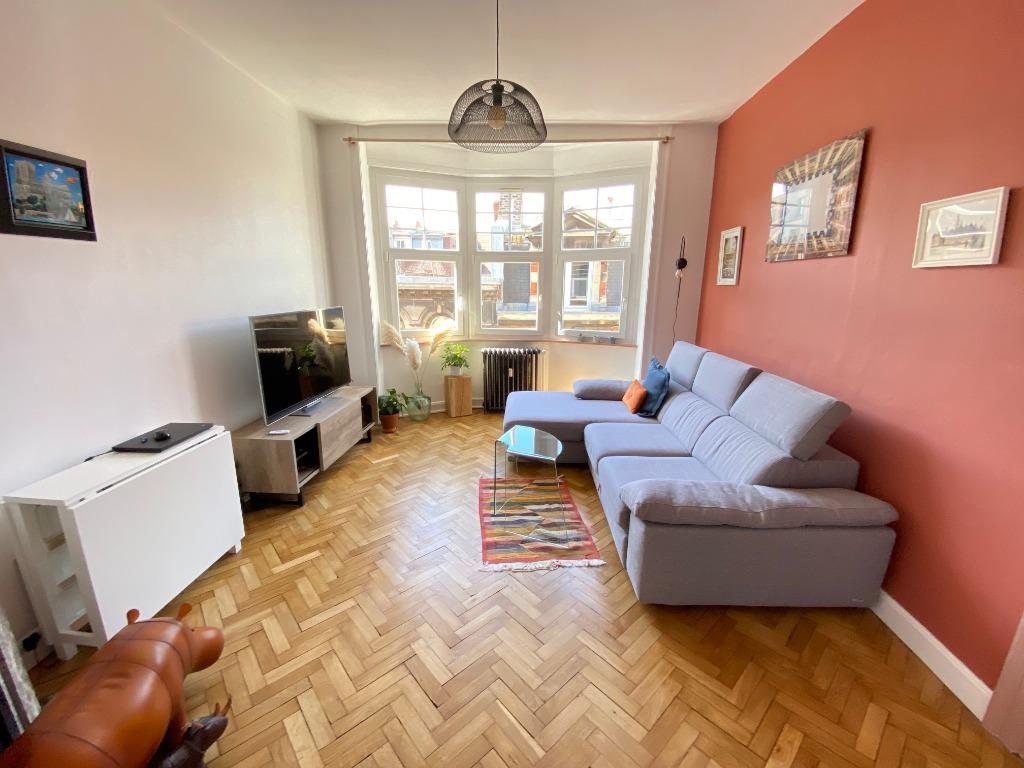 Vente appartement - Lille hyper centre, T2 rénové avec cachet