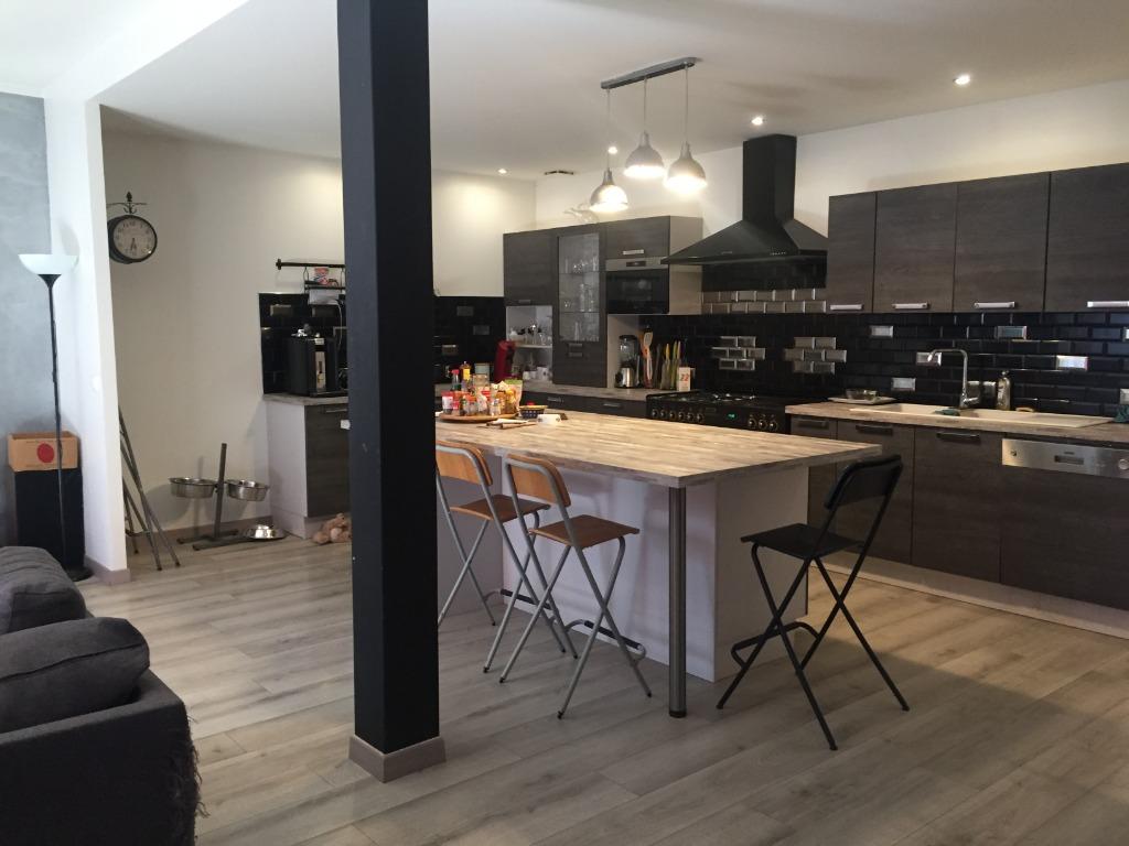 Vente maison 59000 Lille - A deux pas d'Euratechnologies, superbe loft avec extérieur