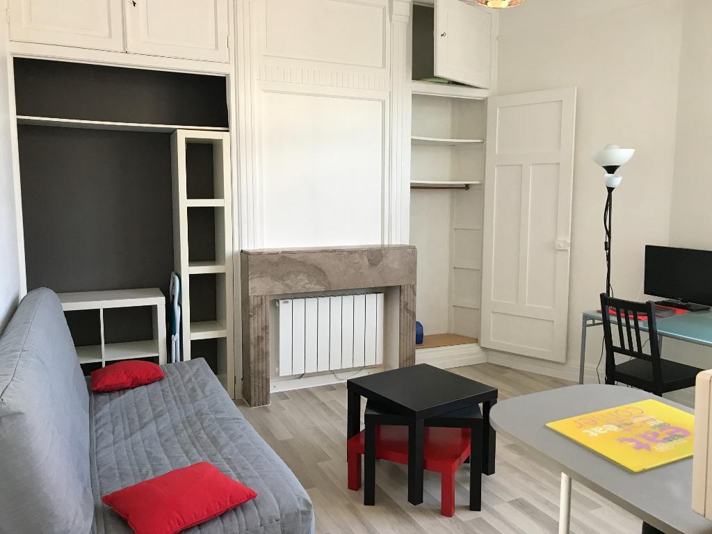 Location appartement 59000 Lille - Studio meublé 21,97m² proximité JB Lebas Lille