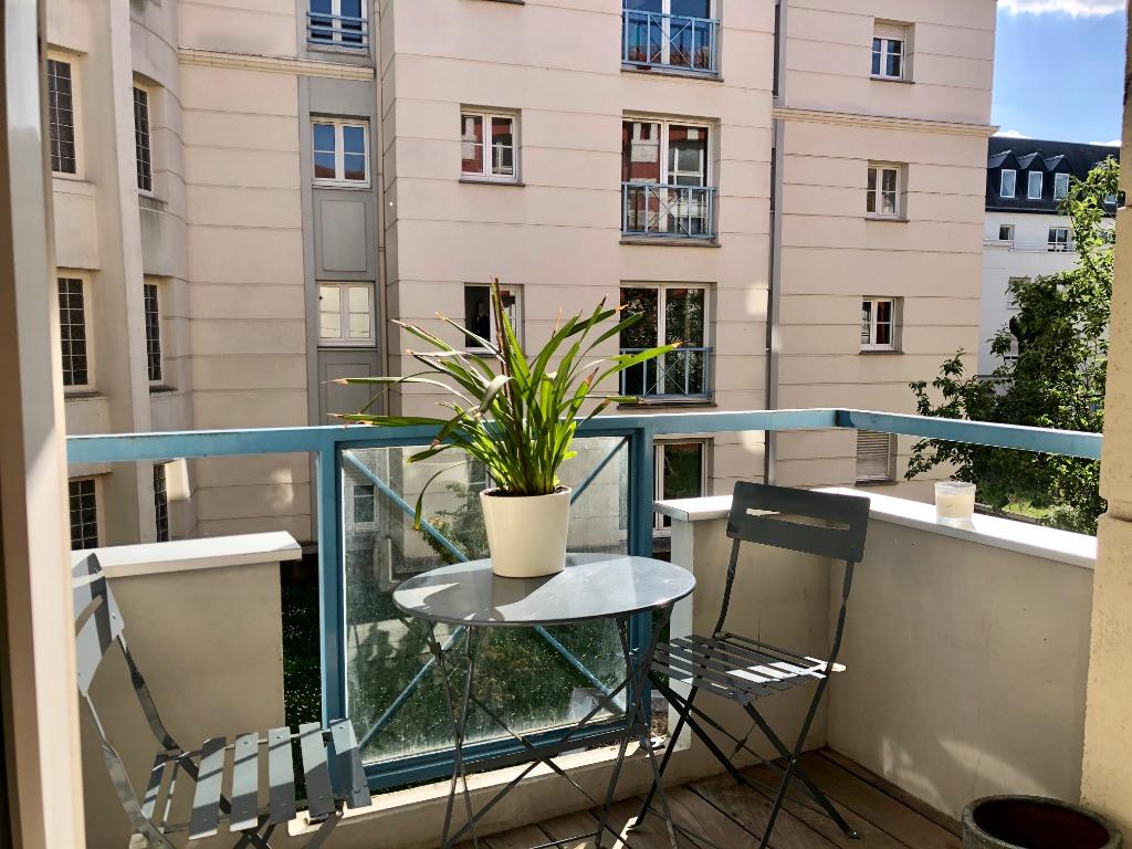 Vente appartement 59000 Lille - Vieux-Lille Type 2 rénové avec balcon et parking