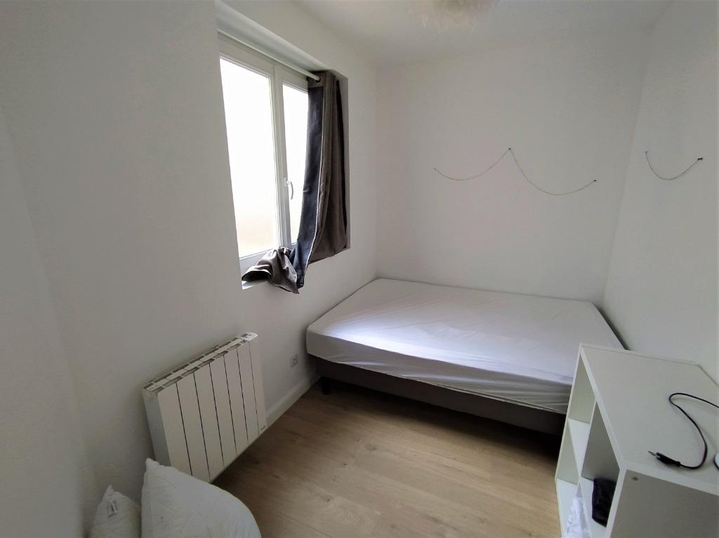 Superbe t2 bis meublé avec cour - Lille Saint Michel