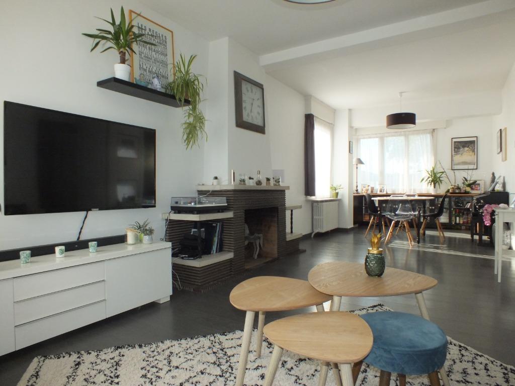 Vente maison - Maison semi individuelle 97 m² 4 chambres