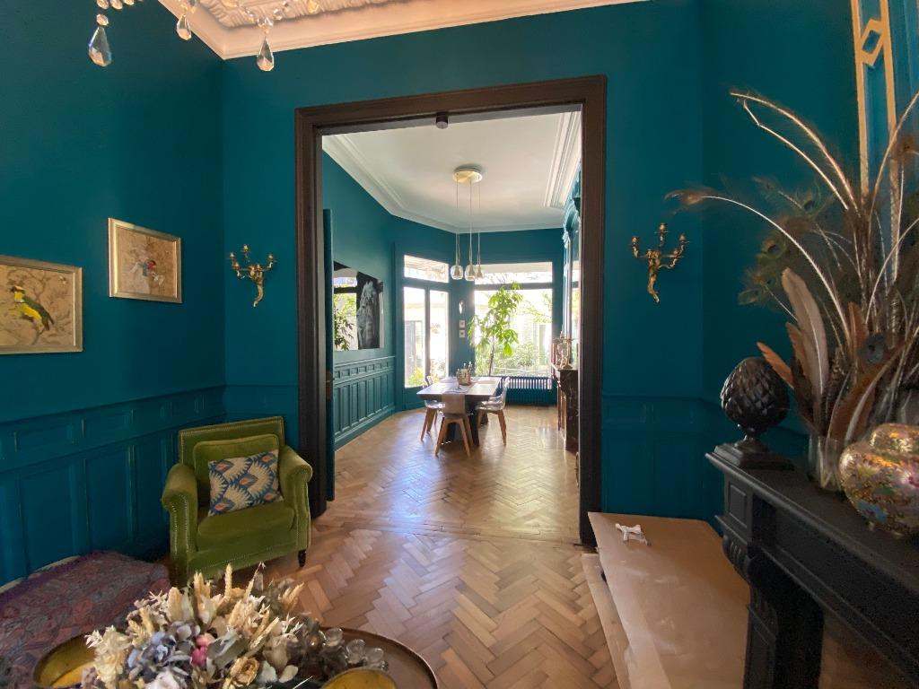 Vente maison - Belle bourgeoise avec garage Tourcoing secteur gare/Gambetta