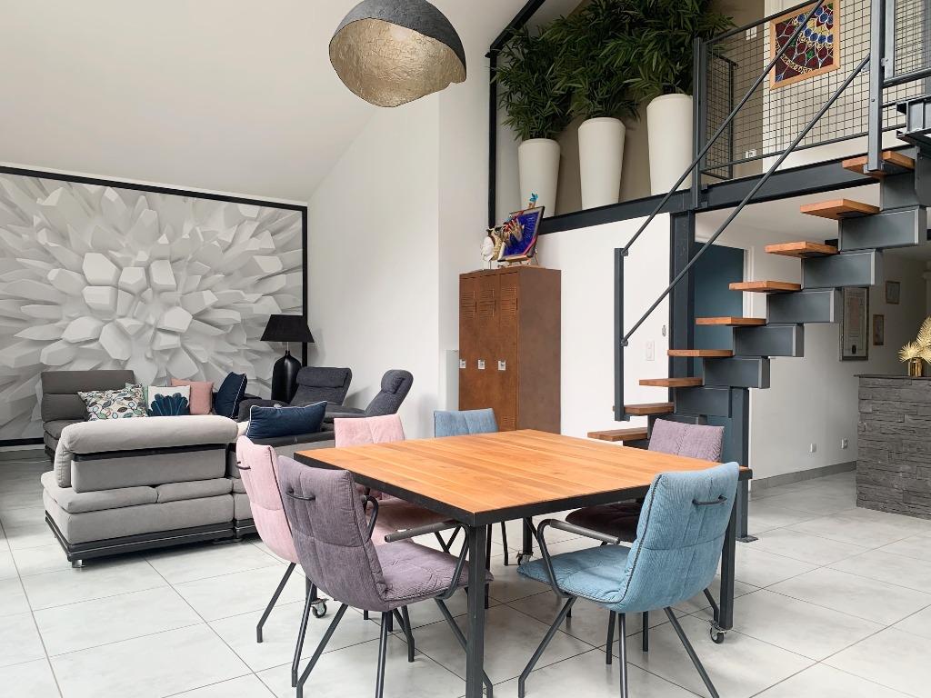 Vente maison 59000 Lille - Loft 180m² + Type 2 40m²