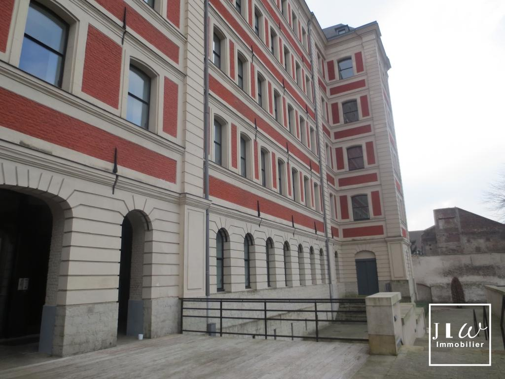 Location appartement - Vieux-Lille - 2 pièces meublé de 59,67m² avec parking