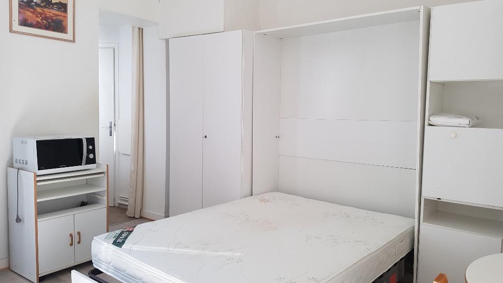 Location appartement 59000 Lille - T1 meublé 19.06m² - St Michel