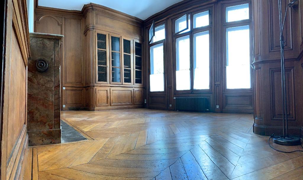Très beau T3 non meublé de 85.8m² Square Rameau