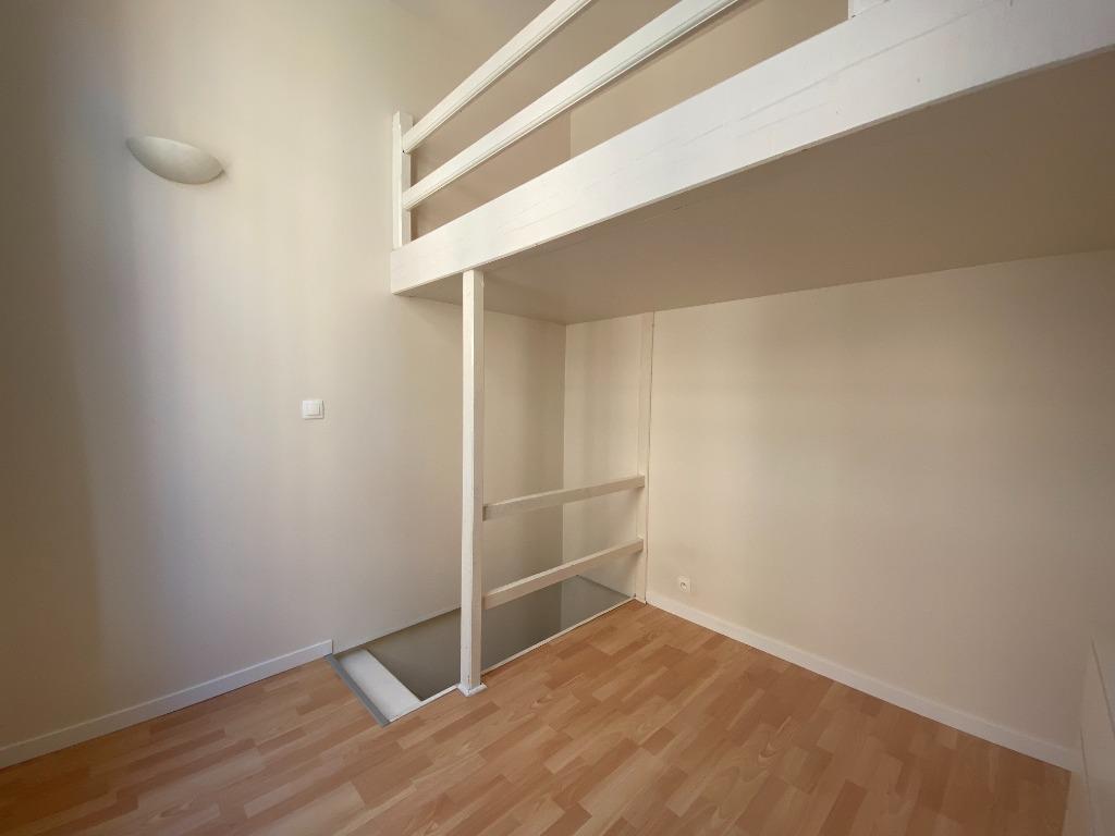 Appartement/maison type 2 en duplex VIEUX LILLE