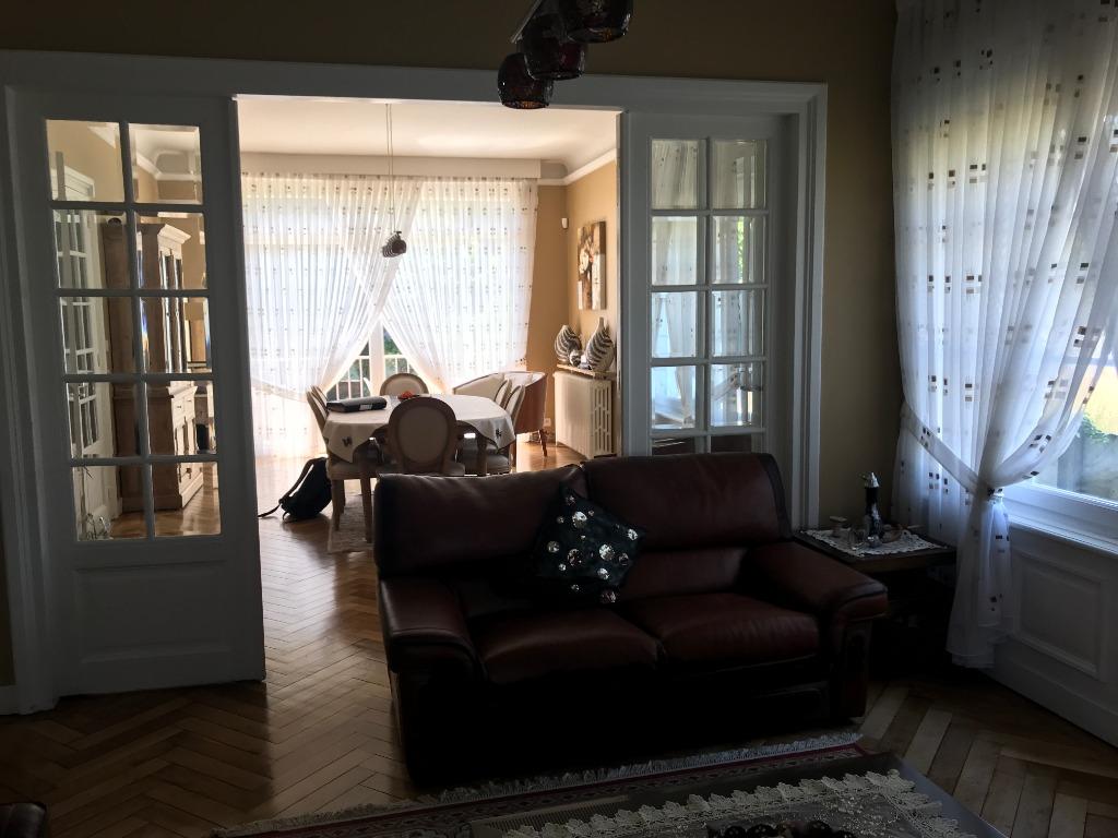 WATTRELOS - Superbe maison de maître individuelle