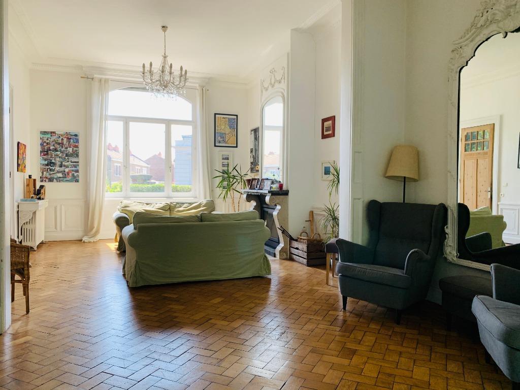 Vente maison - Aux portes de Lille, splendide maison de maître individuelle
