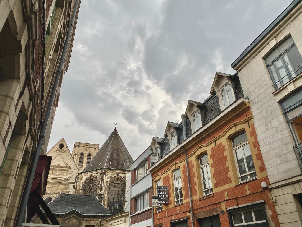 Vente appartement 59000 Lille - T4 rdc avec cour Sainte Catherine