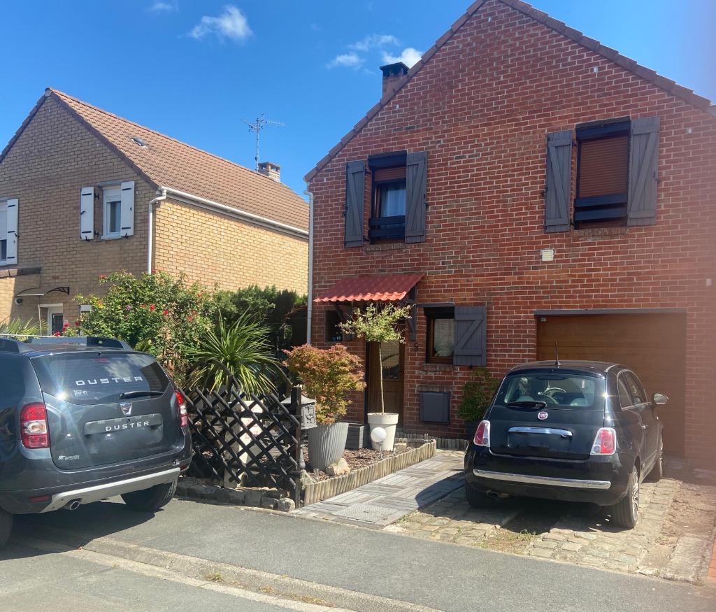 SAINGHIN -Maison semi-individuelle- 94m²+JARDIN+GARAGE