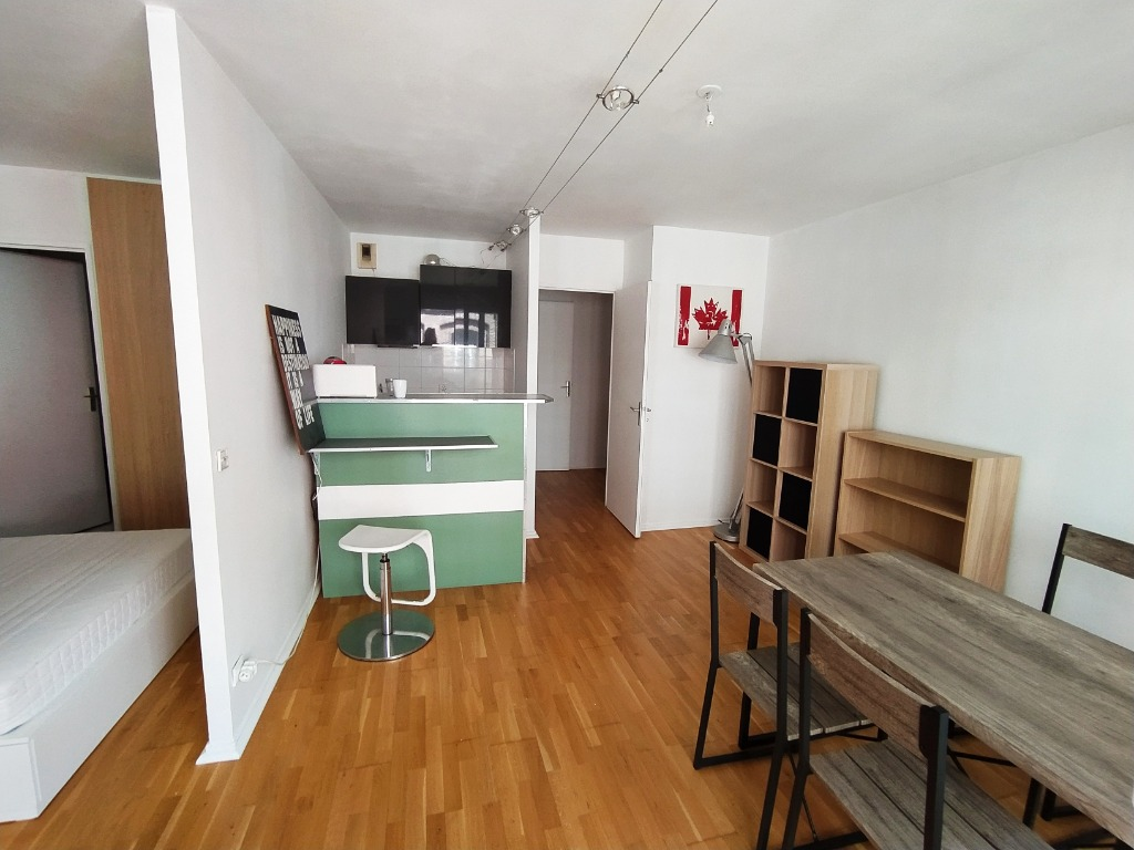 Location appartement 59000 Lille - Vieux Lille t2 meublé avec parking et balcon