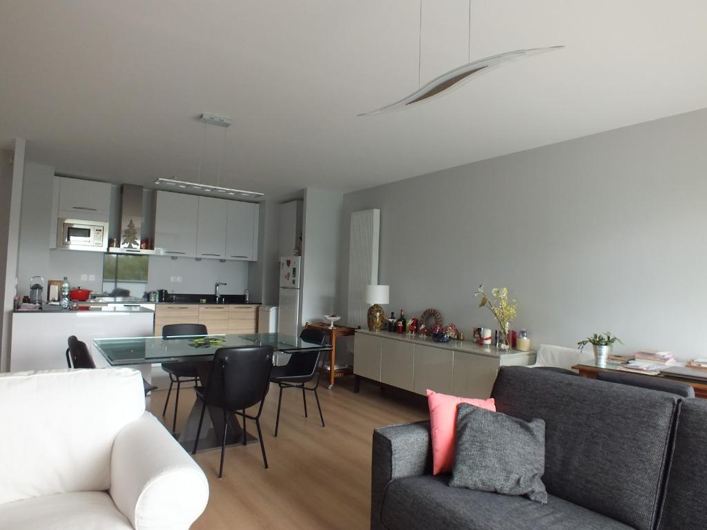 Vente appartement - Appartement Type 2  62,3 m² Loi Carrez