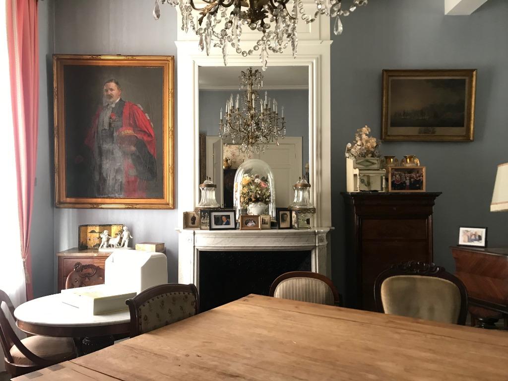 Vente maison 59000 Lille - Maison de Maître secteur Nationale à rénover !