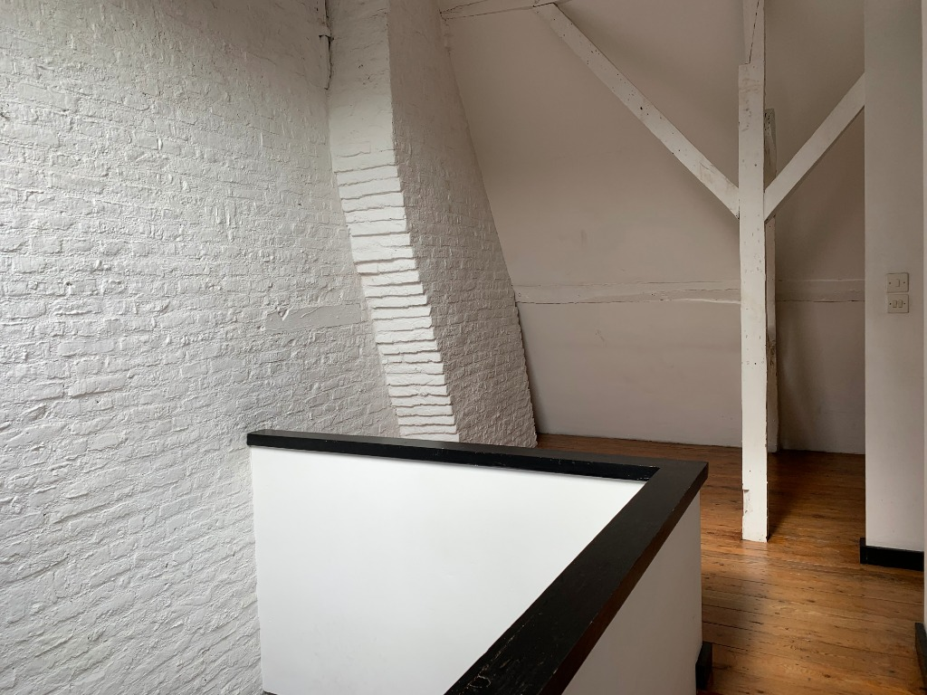 Duplex parvis de la Treille