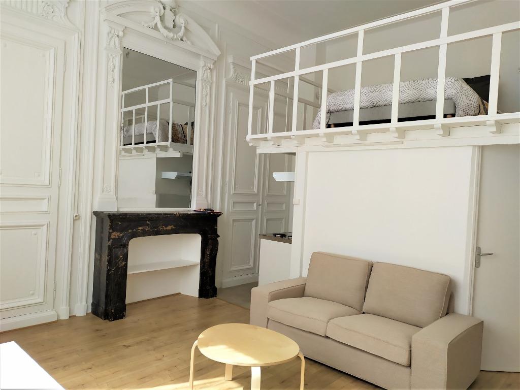 Location appartement 59000 Lille - T1 mezzanine meublé 35.97 m²