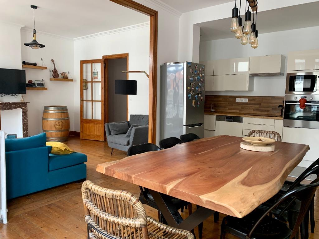 Vente appartement - Type 4 avec cachet et adresse de premier ordre