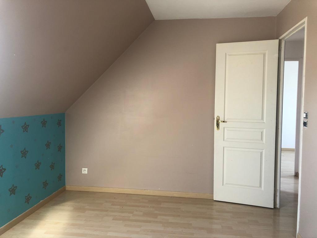 Maison 4 chambres  secteur calme  des weppes