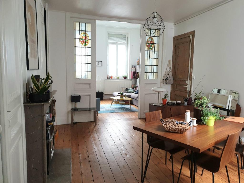 Vente appartement 59000 Lille - Appartement type 2 avec cour Lille