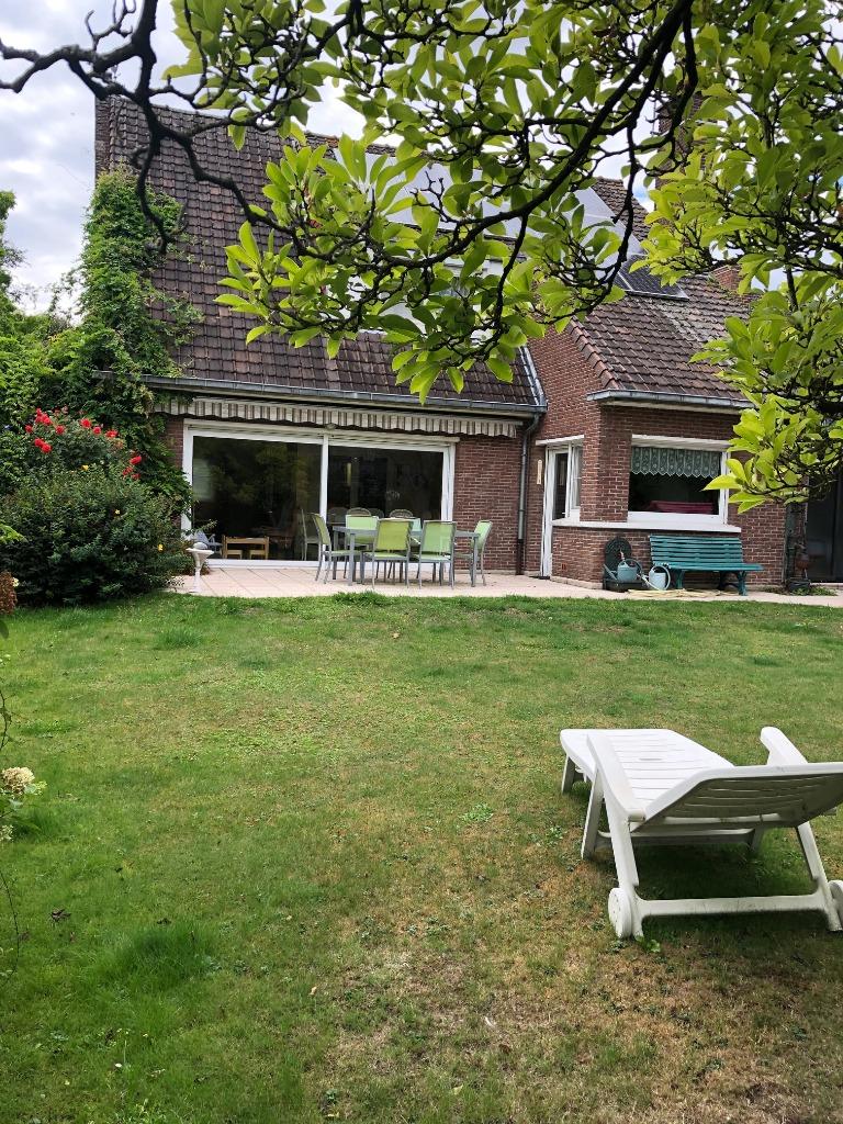 Vente maison 59320 Radinghem en weppes - Individuelle 4 chambres, garage, jardin
