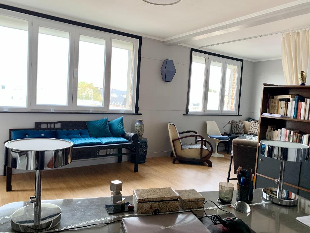 Vente appartement - LA MADELEINE  T3 traversant balcon
