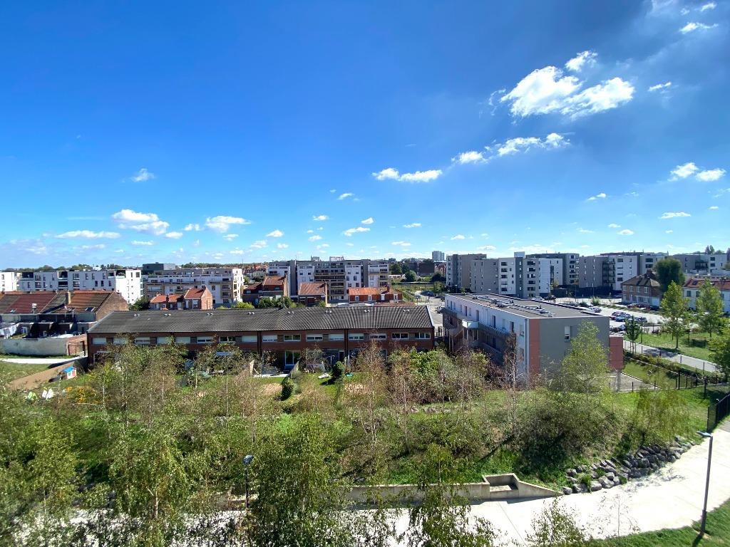 T3 vue sur Deule terrasse et parking 63m2