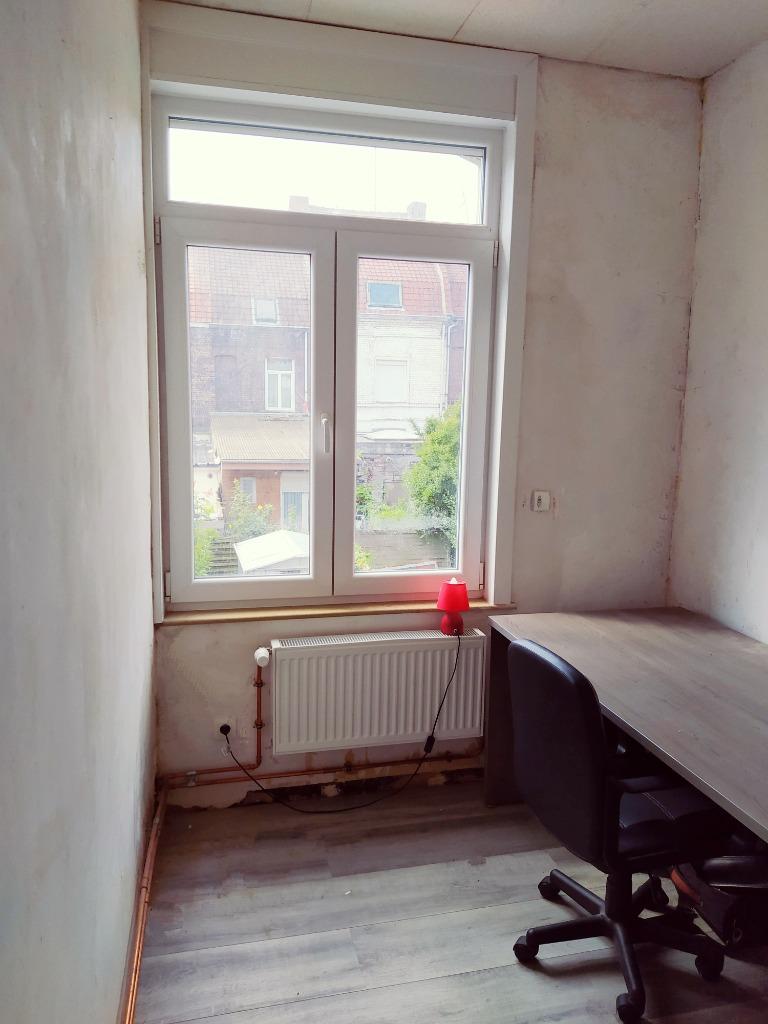 maison 75 m² proche tram et métro 2 chambres possibilité 3