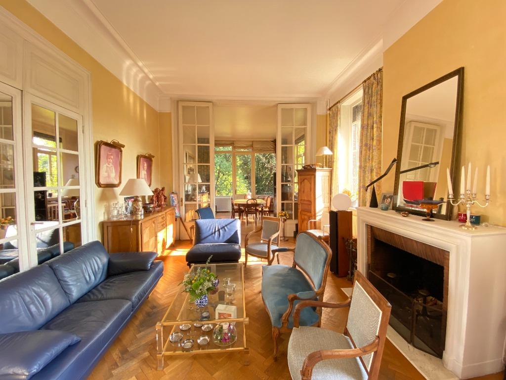 Vente maison - Barbieux, Maison bourgeoise 5 chambres, jardin, garage