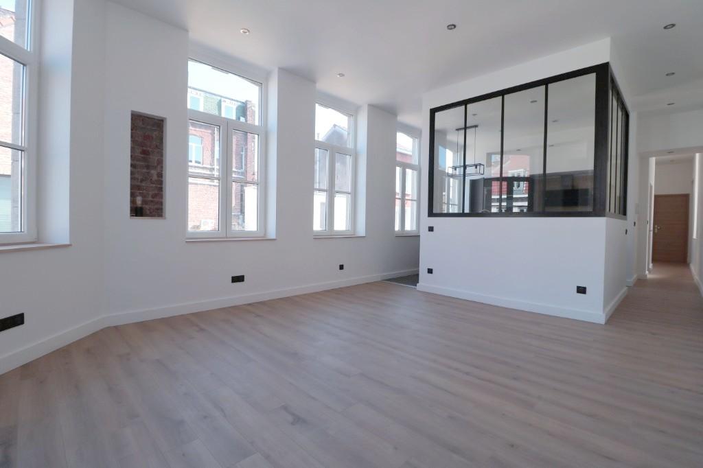 Vente appartement 59000 Lille - Grand T2 refait à neuf rue Gambetta