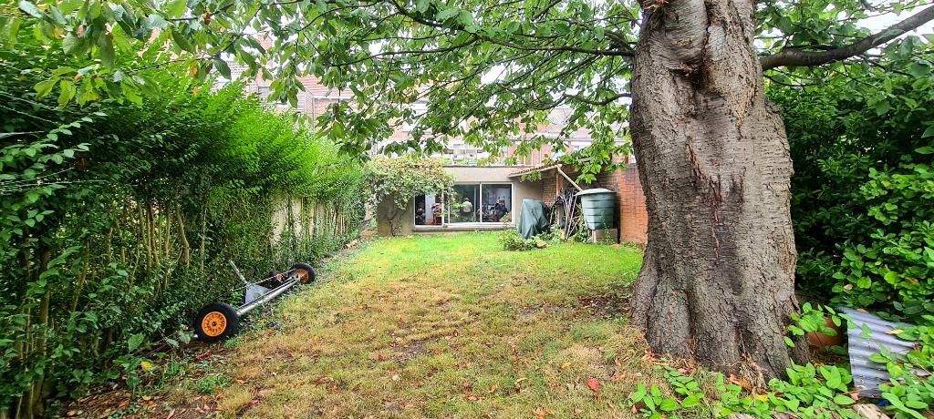 Vente maison - Maison familiale avec grand jardin et garage