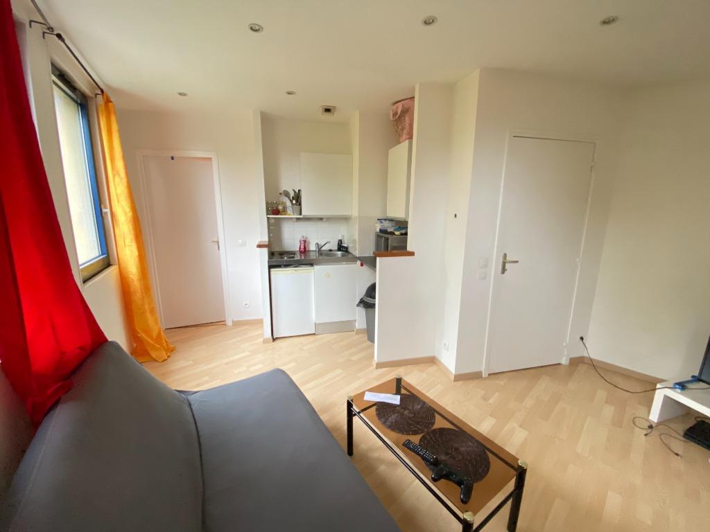 Vente appartement - Vieux Lille, appartement 24 m2 avec parking.