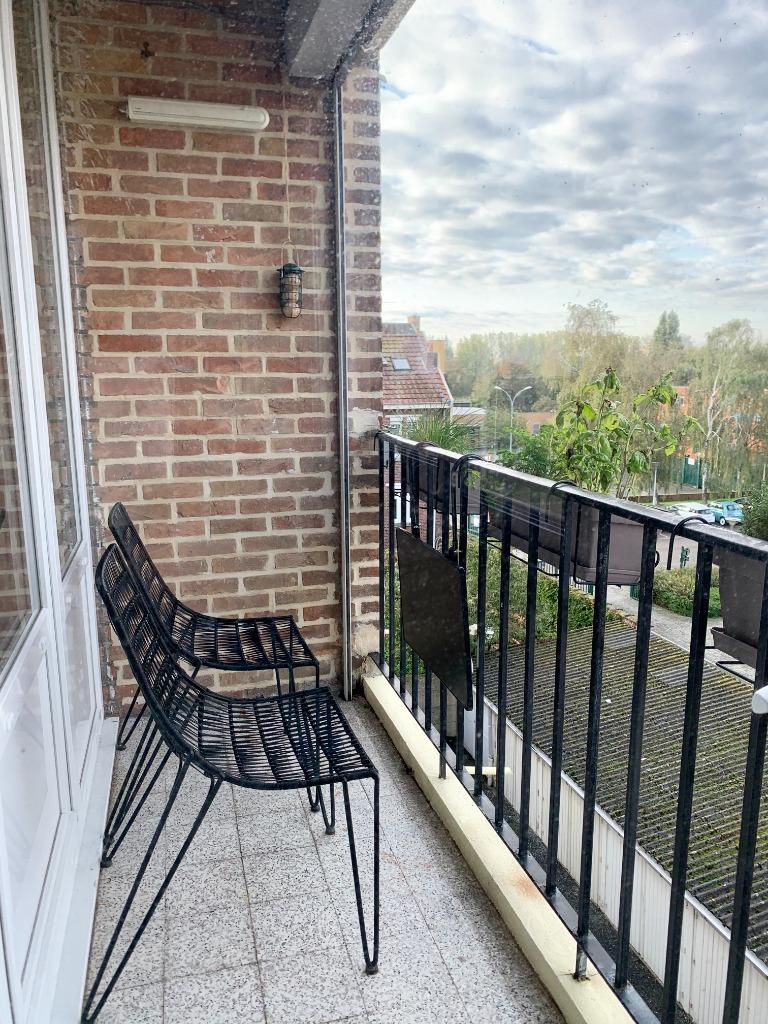 LA MADELEINE  T3 traversant balcon